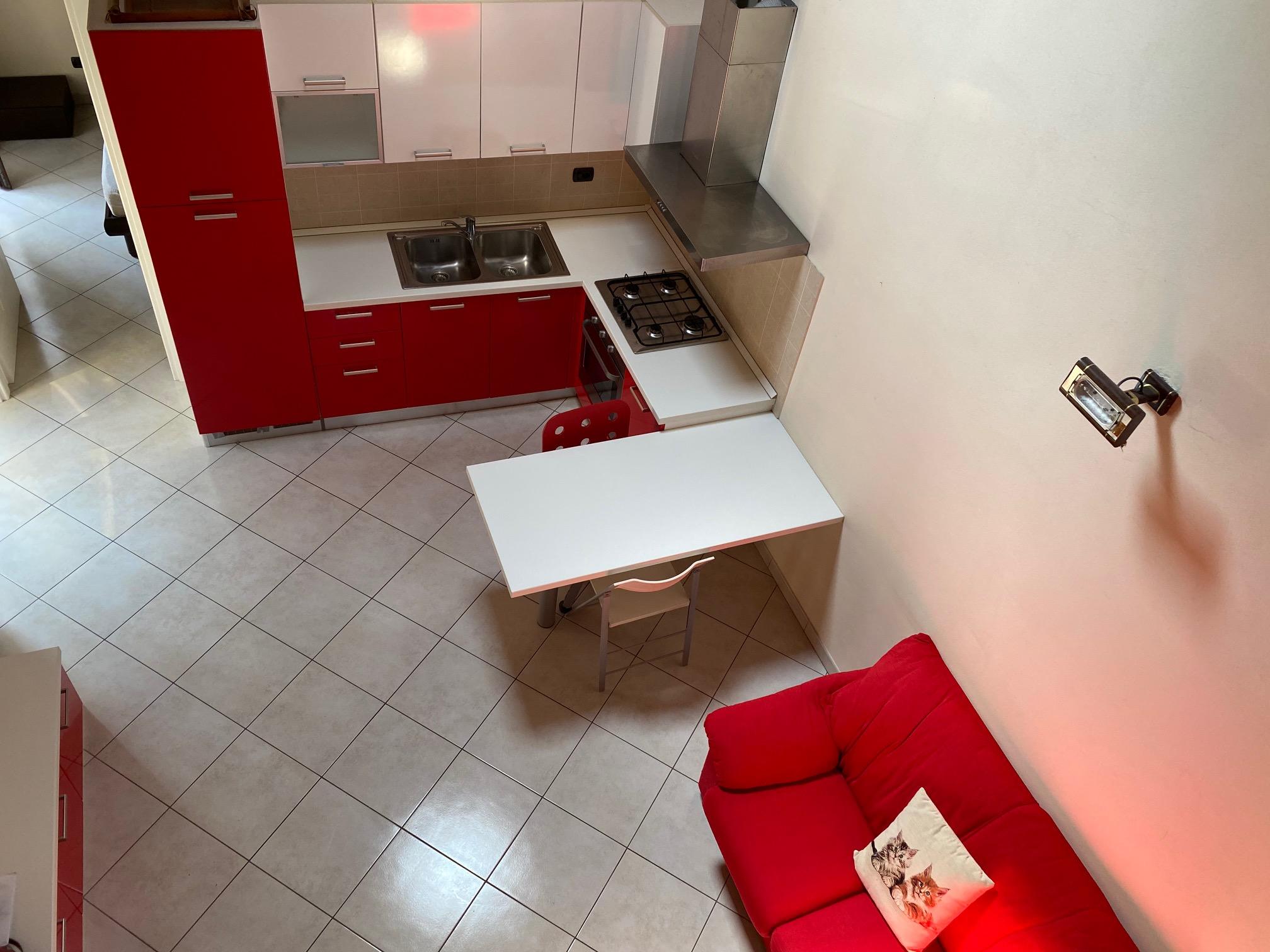Affittasi alloggio ammobiliato in centro a Vercelli
